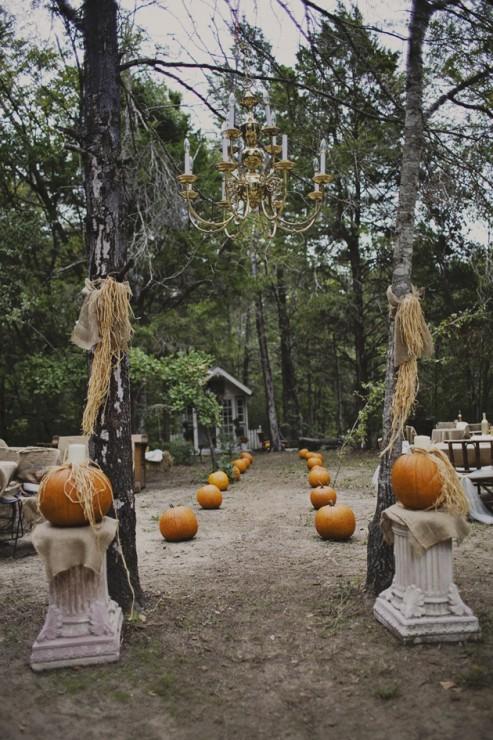 DIY-Rustic-Fall-Pumpkin-Wedding-Rachael-Lindsy-Photography-20